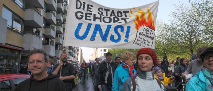 """Macht Miethaie zu Fischstäbchen"", Demonstration am 14.April 2018 Berlin (Foto: Rudi Denner/r-mediabase.eu)"