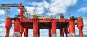 Alle Produkte, die zur Ölförderung benötigt werden, wie zum Beispiel Bohrinseln, fallen unter die Sanktionen. (Foto: Gemeinfrei)