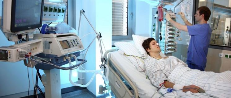 Keine Nacht mehr allein: Im Klinikum Brandenburg wurde eine Nachtdienstbesetzung mit mindestens zwei examinierten Pflegekräften vereinbart (Foto: OK-Mediendienst)