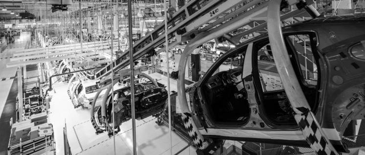 Fertigungsstraße des Maserati Ghiblis im Werk Grugliasco bei Turin (Foto: Andreas Hackl/Siemens 2015)