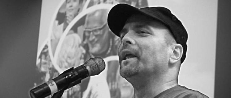 """""""Die DKP hat uns immer unterstützt, ohne euch hätte ich niemals nach Hause zurückkehren können"""" – Gerardo Hernández bei der LLL-Veranstaltung der DKP am 9. Januar in Berlin. (Foto: Stephan Hesse)"""