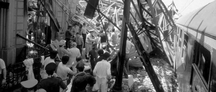 """Der Anschlag auf den Hauptbahnhof von Bologna wurde von italienischen Neofaschisten mit Verbindungen zum Militärgeheimdienst verübt. Ein Beweis für den """"tiefen Staat""""?                          (Foto: public domain)"""