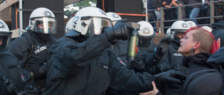 G20-Proteste in Hamburg: Ohne Journalisten gäbe es keine Beweise für Polizeigewalt (Foto: Karl-Reiner Engels / r-mediabase.eu)