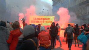 Frankreich Streik Tränengas