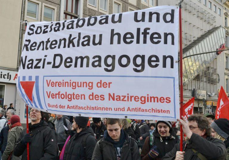 Berlin Kuscht Antifa Vvn