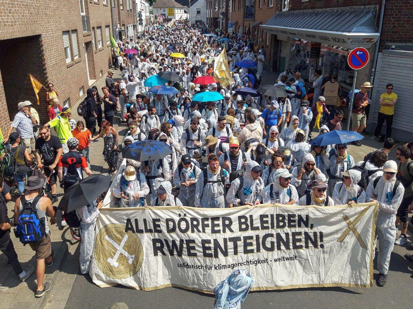 """Demonstration von """"Ende Gelände"""" 2019 (Foto: Pay Numrich für Ende Gelände)"""