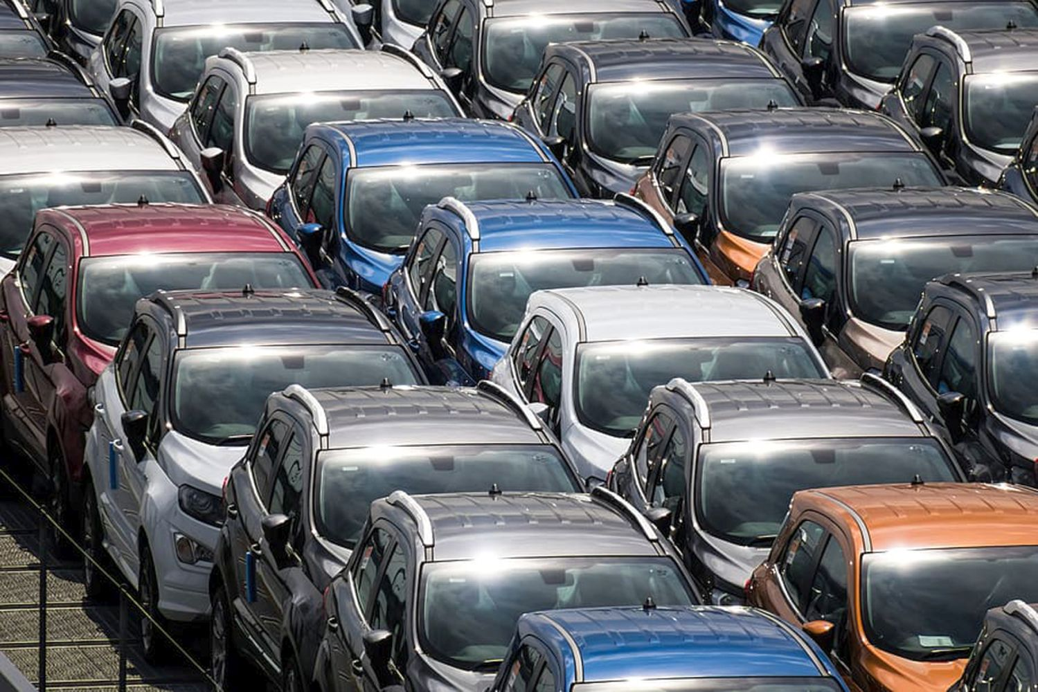"""""""Nur noch"""" knapp 3,5 Mio. Fahrzeuge wurden 2019 aus Deutschland exportiert. (Foto: public domain)"""