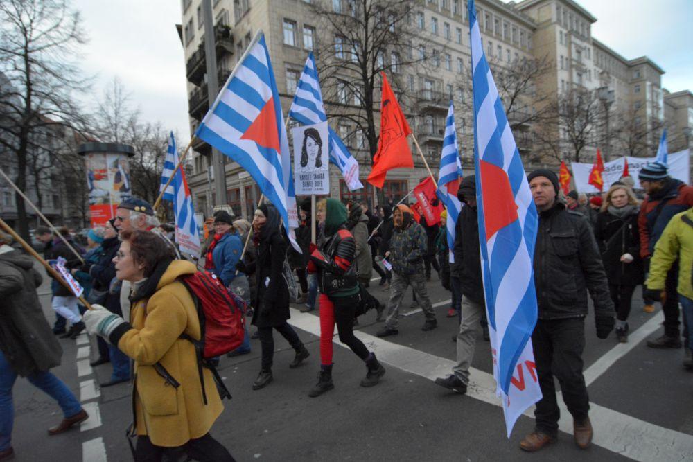 Mitglieder der VVN-BdA auf der diesjährigen Liebknecht-Luxemburg-Demonstration in Berlin