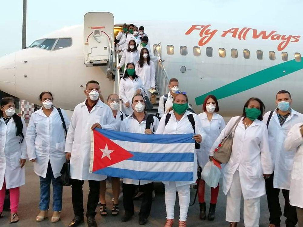 Kubanische Mediziner*innen