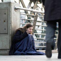 Ohne Obdach, ohne Hilfe